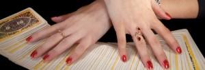 red-nails-tarot-cards1
